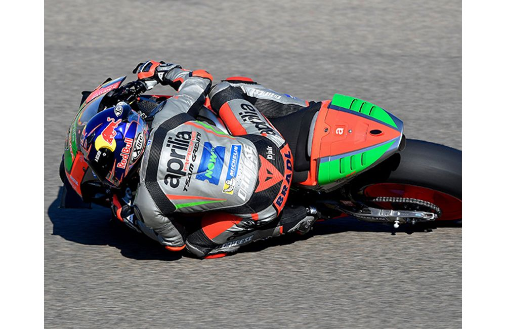 APRILIA CONTINUES TO IMPROVE AT ARAGÓN_3