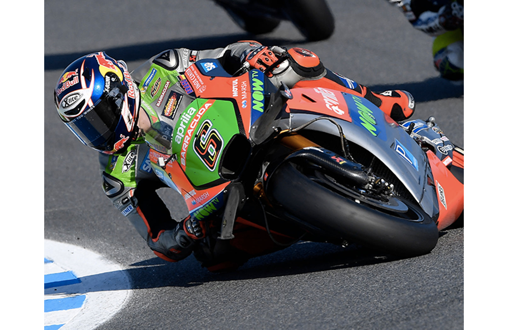 LE DUE APRILIA ANCORA IN TOP-10 A MOTEGI_3