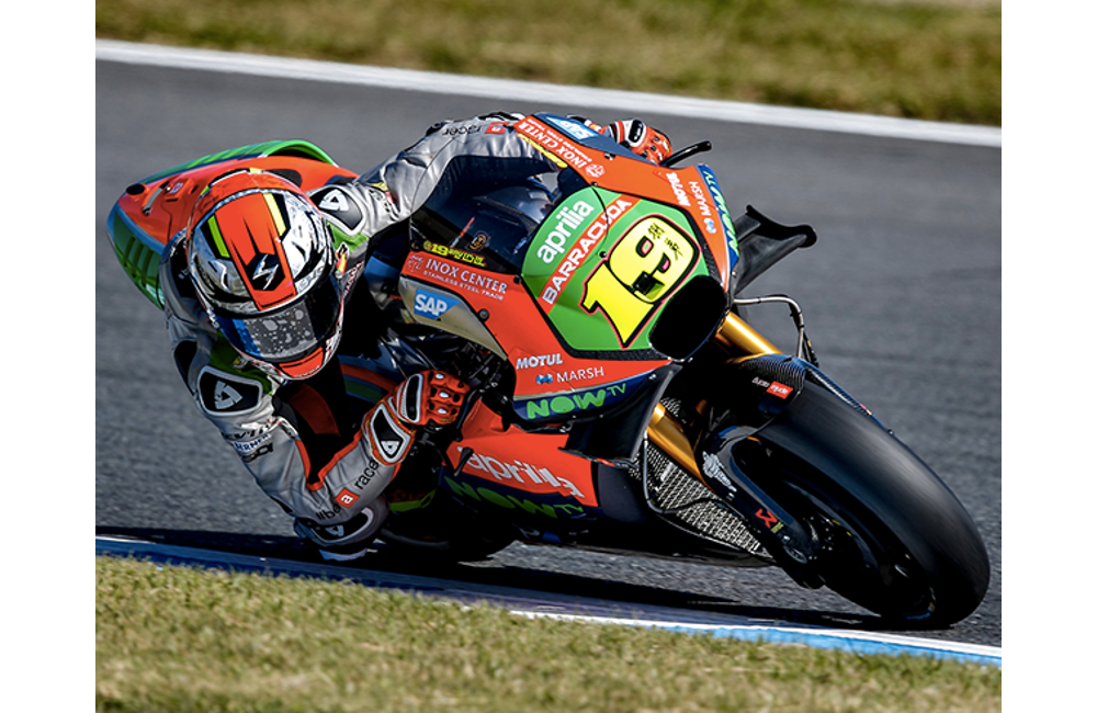 AFTER THE DOUBLE TOP-TEN AT MOTEGI APRILIA IS EN ROUTE TO AUSTRALIA_0
