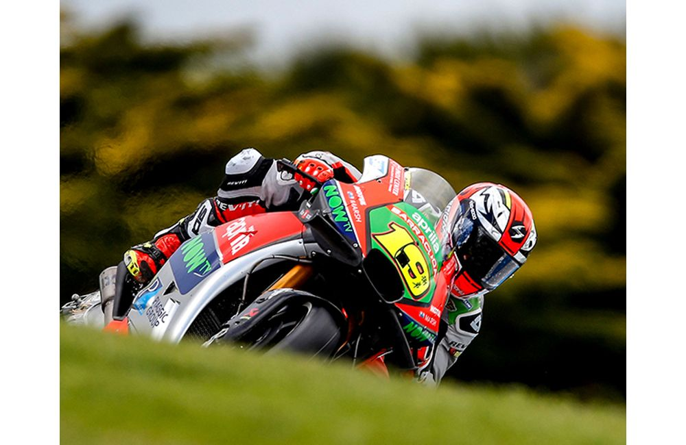 APRILIA BRINGS HOME THE BEST RESULT YET IN QUALIFYING AT PHILLIP ISLAND_0