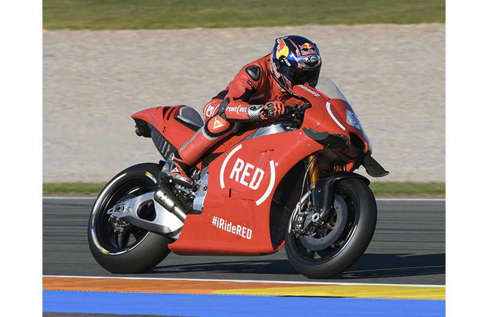 AT VALENCIA THE APRILIA RS-GP MACHINES ON THE TRACK IN (RED) LIVERY_3