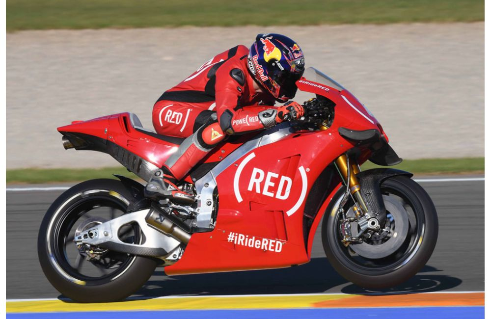 APRILIA RACING CELEBRATES (RED) AT THE VALENCIA GP_4