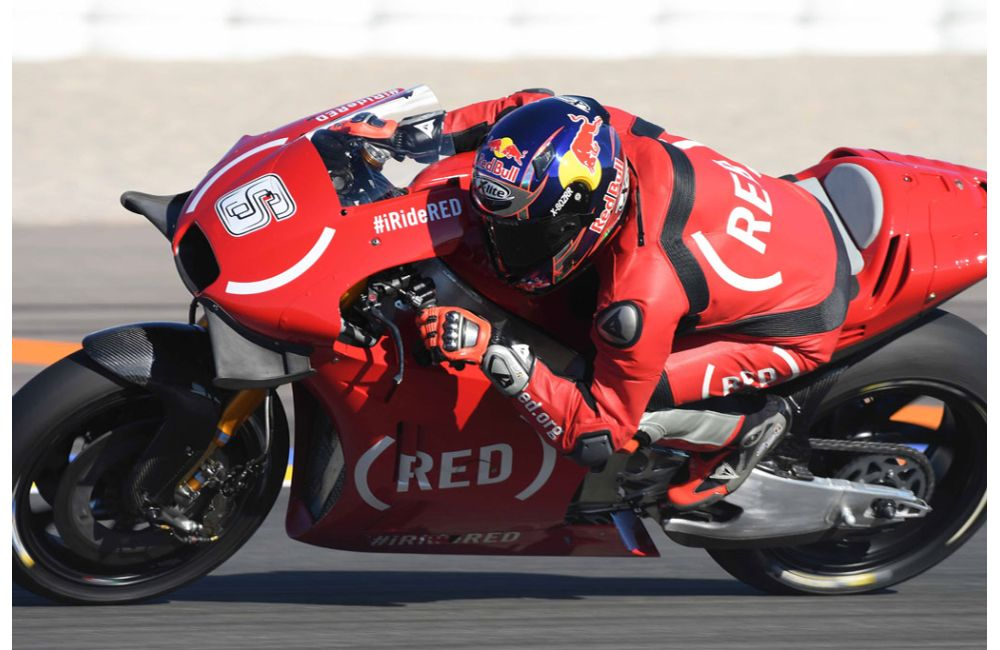 APRILIA RACING CELEBRATES (RED) AT THE VALENCIA GP_5