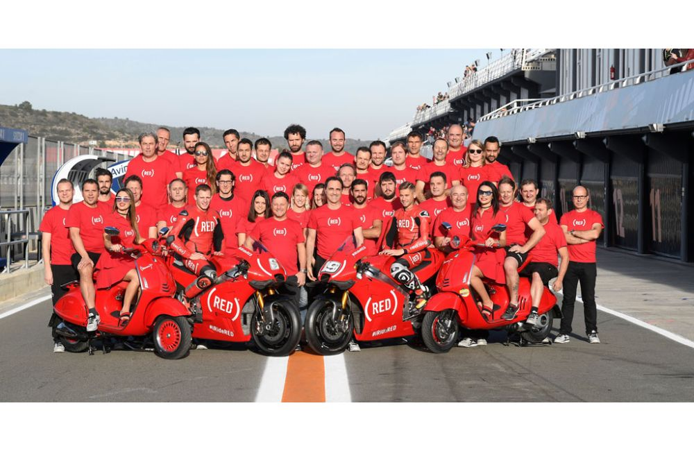 APRILIA RACING CELEBRATES (RED) AT THE VALENCIA GP_0
