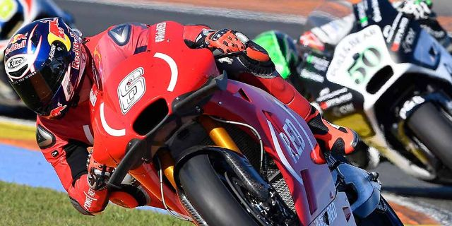 BOTH APRILIA RIDERS IN THE POINTS AT VALENCIA AND BAUTISTA IN THE TOP TEN AGAIN_thumb