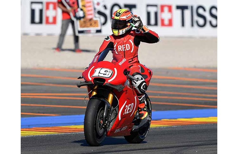BOTH APRILIA RIDERS IN THE POINTS AT VALENCIA AND BAUTISTA IN THE TOP TEN AGAIN_0