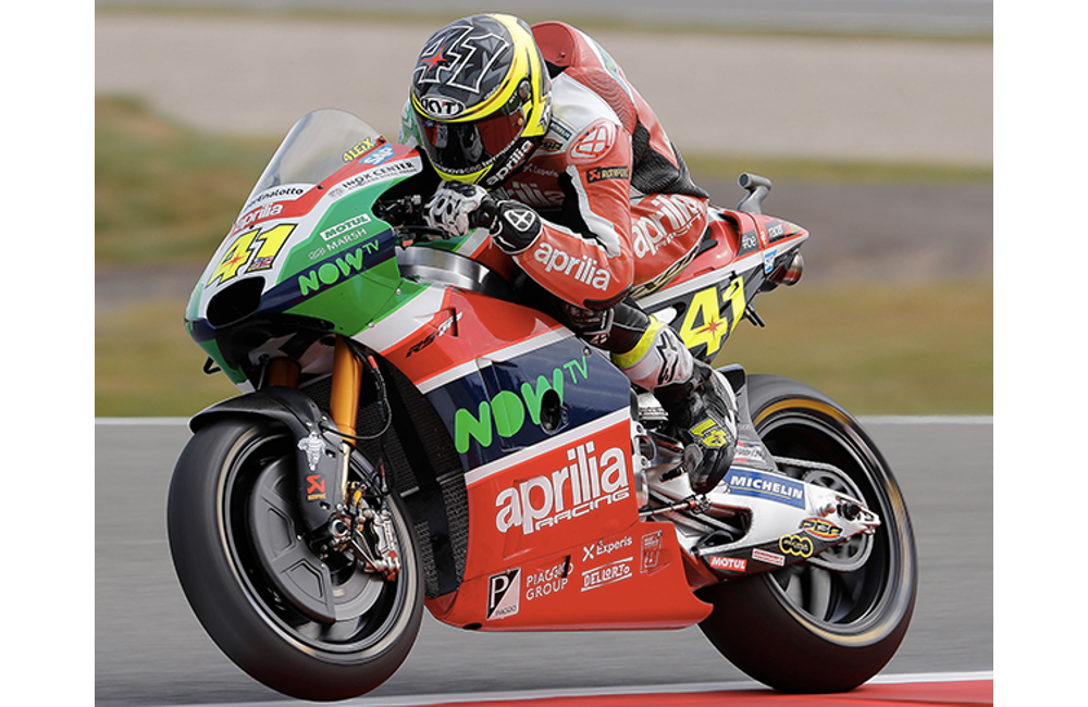 GOOD SIGNS FOR APRILIA IN THE FIRST PRACTICE SESSIONS _2