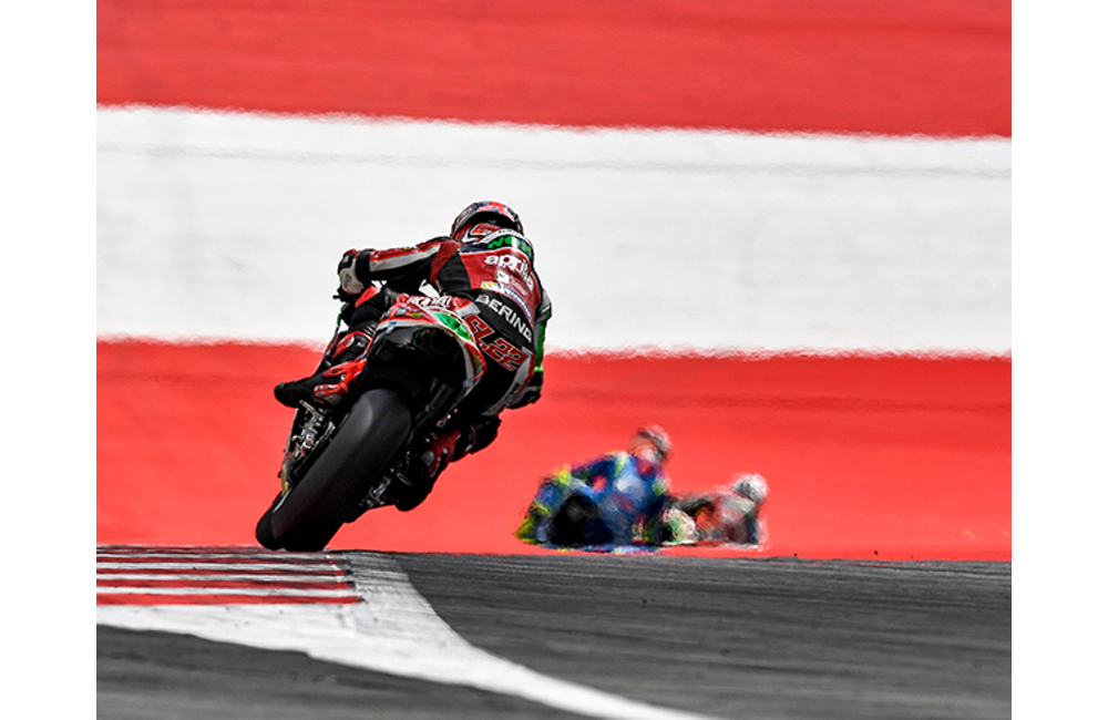 ALEIX ESPARGARÓ COMES BACK FROM THE TWENTIETH SPOT ON THE GRID FOR A POINTS FINISH IN AUSTRIA_0