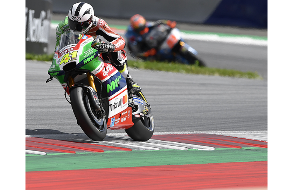 ALEIX ESPARGARÓ COMES BACK FROM THE TWENTIETH SPOT ON THE GRID FOR A POINTS FINISH IN AUSTRIA_1