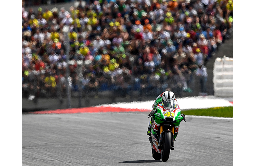ALEIX ESPARGARÓ COMES BACK FROM THE TWENTIETH SPOT ON THE GRID FOR A POINTS FINISH IN AUSTRIA_3