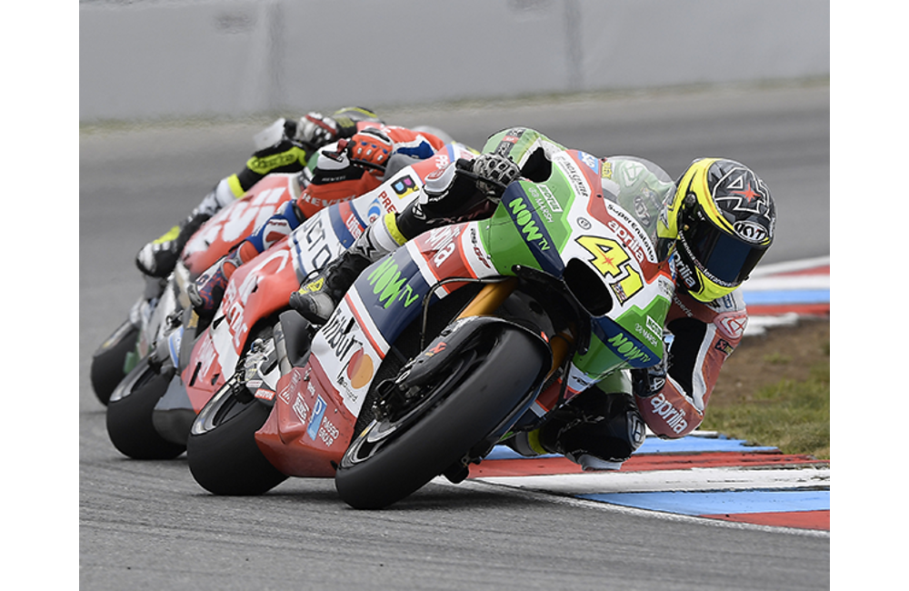 ALEIX ESPARGARÓ PLAYS A KEY ROLE IN THE RACE, TAKING A GOOD EIGHTH PLACE FINISH IN BRNO DESPITE A PENALTY_2