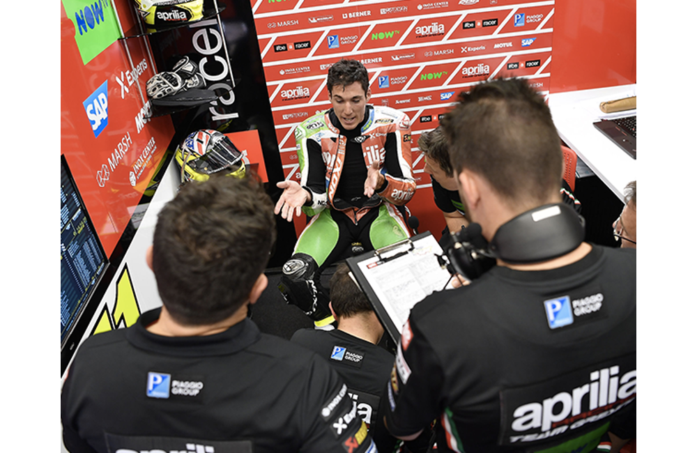 A GOOD DAY OF HARD WORK FOR APRILIA AT MUGELLO_2