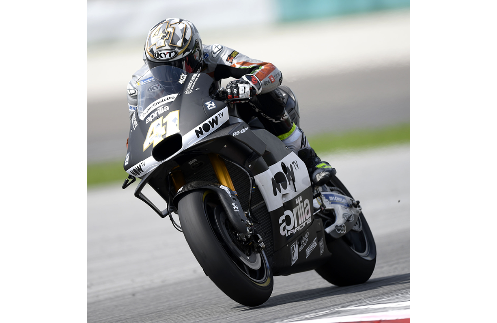 SATISFACTION FOR APRILIA IN THE SEPANG MOTOGP TESTS_2
