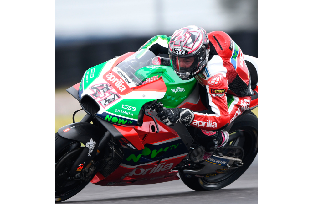 ESPARGARÓ IS FIRST IN Q1 AND RIDES THE RS-GP JUST SHORT OF THE BEST._0