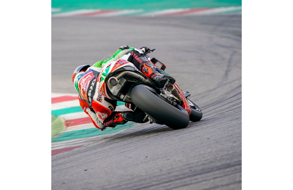 APRILIA ARRIVES IN LE MANS AFTER TWO INTENSE DAYS OF TESTING AT MUGELLO_2