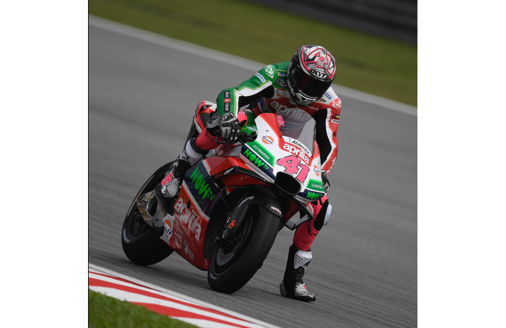 ALEIX ESPARGARÓ IN THE TOP 10 ON THE FIRST DAY OF PRACTICE AT SEPANG_2