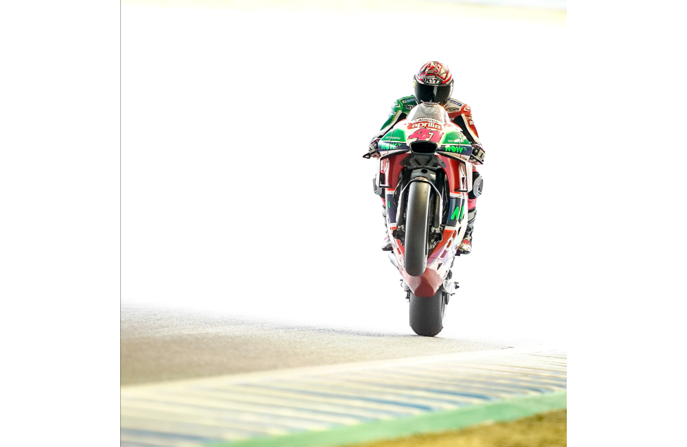 GOOD START FOR APRILIA AT THE MOTEGI MOTOGP WEEKEND_1