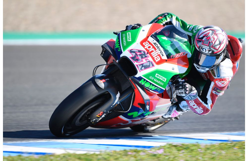ALEIX ESPARGARÓ WITH APRILIA IN THE NEXT TWO SEASONS_2
