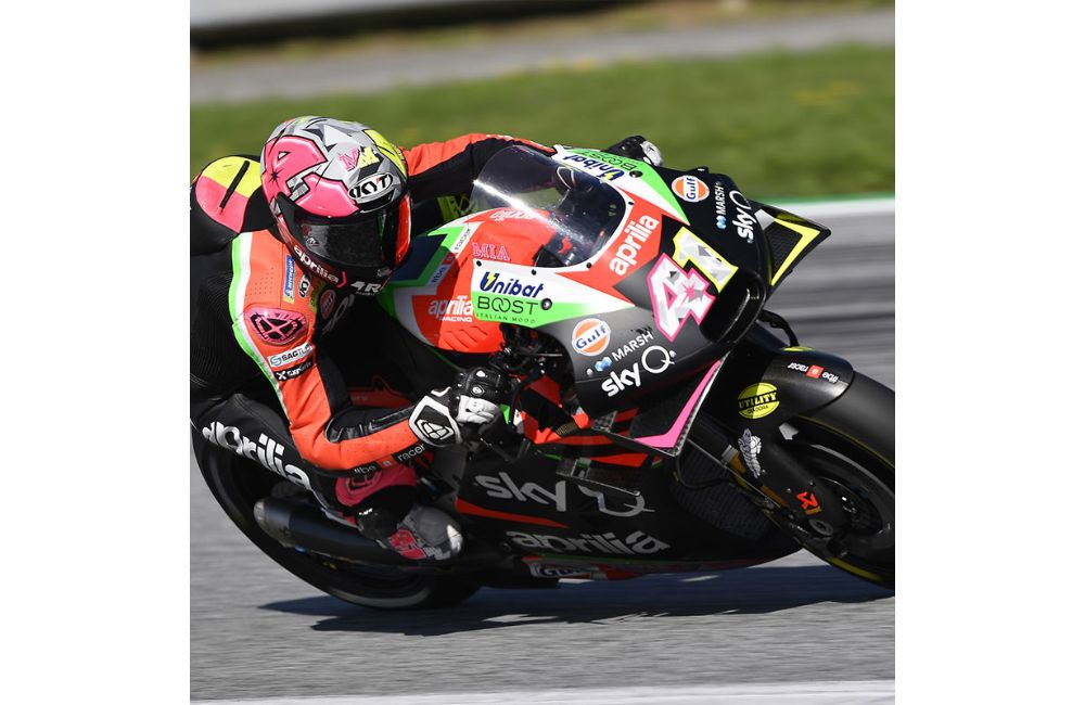 QUALIFIERS BELOW EXPECTATIONS IN AUSTRIA, BUT THE APRILIA RS-GP IS EFFECTIVE OVER RACE DISTANCE_0