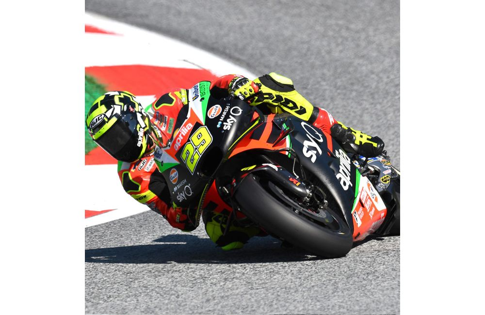 QUALIFIERS BELOW EXPECTATIONS IN AUSTRIA, BUT THE APRILIA RS-GP IS EFFECTIVE OVER RACE DISTANCE_1