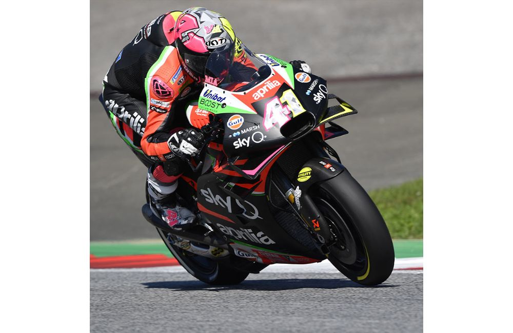 QUALIFIERS BELOW EXPECTATIONS IN AUSTRIA, BUT THE APRILIA RS-GP IS EFFECTIVE OVER RACE DISTANCE_2