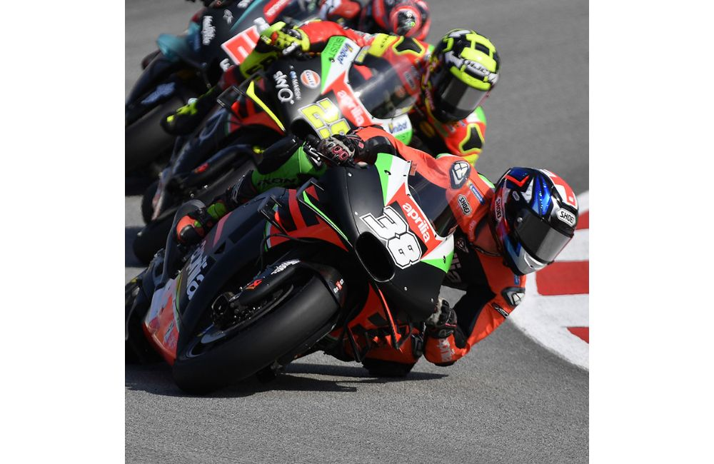 DIFFICULT QUALIFIERS, BUT GOOD PACE FOR THE APRILIAS ON THE SCORCHING SPANISH ASPHALT_3