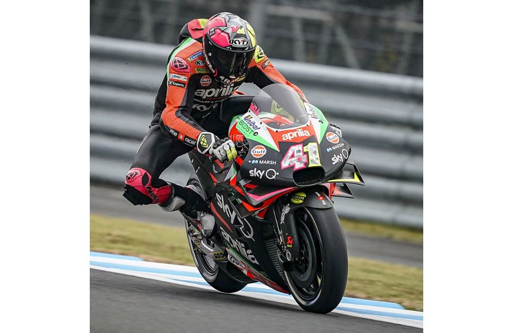 ALEIX ESPARGARÒ RIDES HIS APRILIA RS-GP TO THE THIRD ROW AT MOTEGI_2