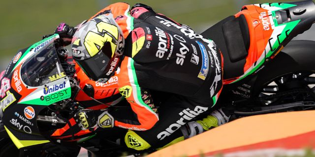 APRILIA KEEN TO GROW QUICKLY, THREE RS-GP BIKES TO RACE IN JEREZ_thumb