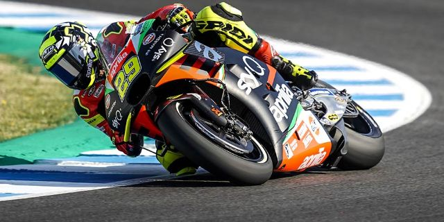SIXTH ROW FOR ALEIX ESPARGARÓ IN THE JEREZ QUALIFIERS_thumb