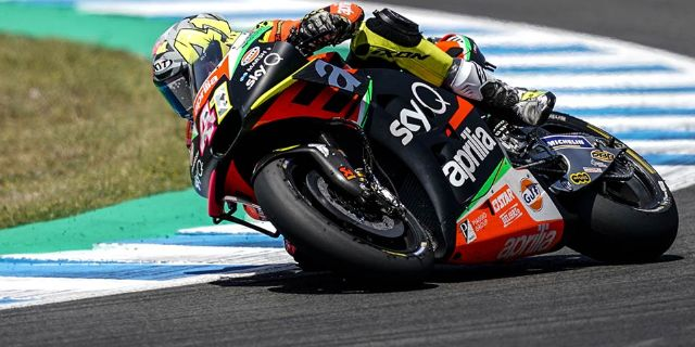 ONLY CONTACT WITH ANOTHER RIDER KEEPS ESPARGARÓ FROM A WELL-DESERVED TOP-10 FINISH_thumb