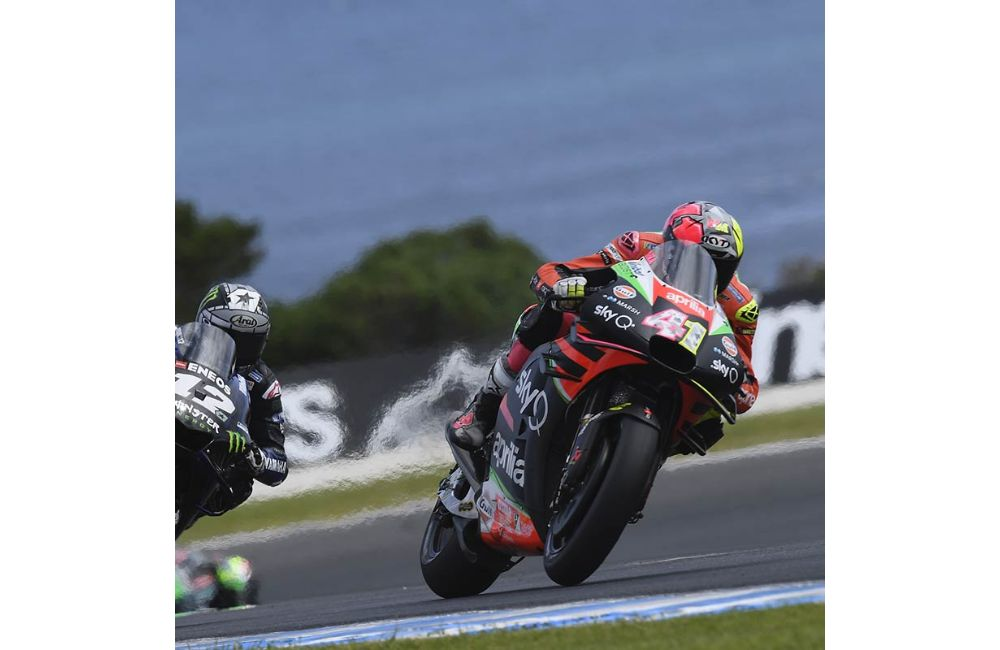 IN AUSTRALIA TWO APRILIAS IN THE TOP TEN WITH ANDREA SIXTH AND ALEIX TENTH_1