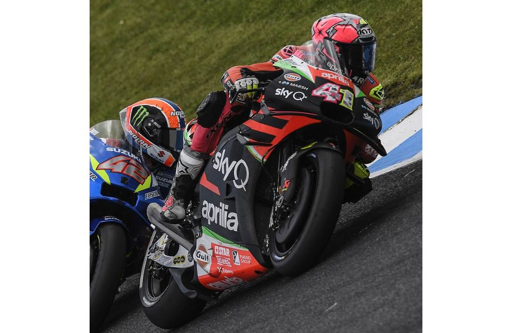 IN AUSTRALIA TWO APRILIAS IN THE TOP TEN WITH ANDREA SIXTH AND ALEIX TENTH_3