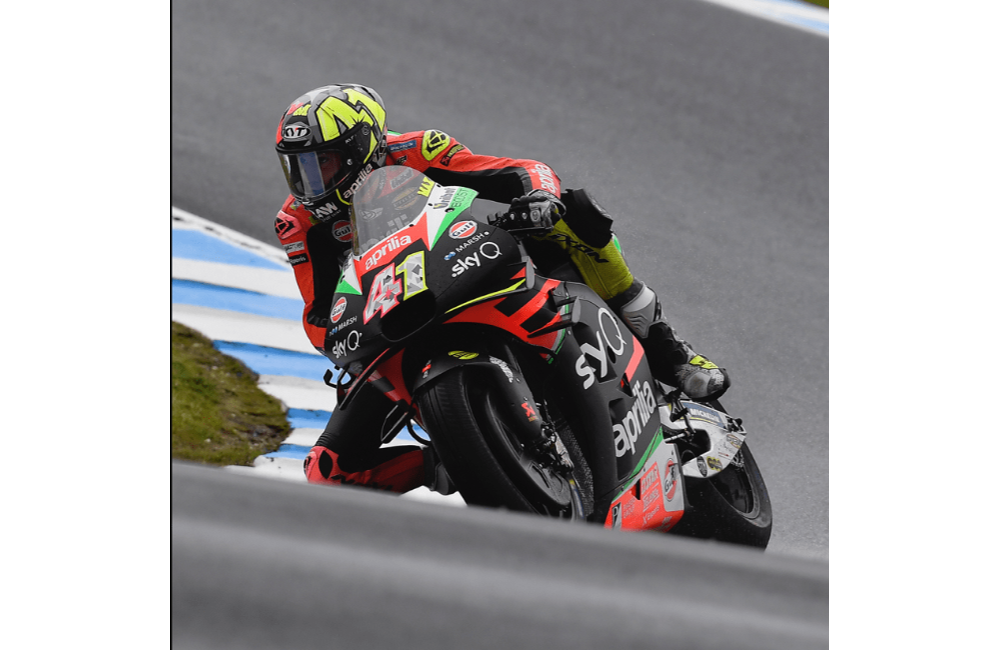 A GOOD FIRST DAY FOR THE APRILIA RIDERS ON PHILLIP ISLAND_2