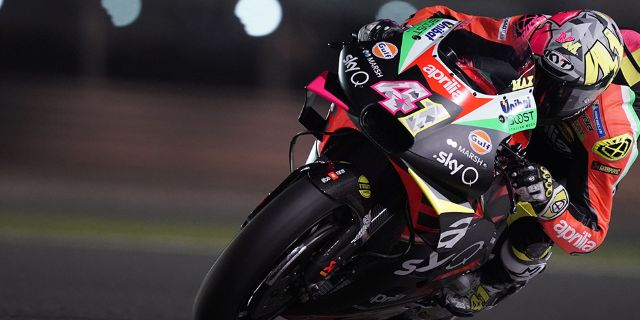 APRILIA RACING - QATAR TESTS - DAY 1_thumb