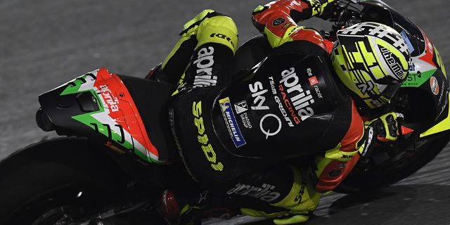 APRILIA RACING - QATAR TESTS - DAY 2_thumb