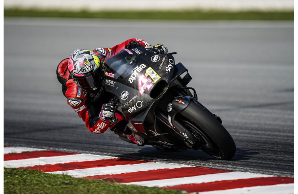 APRILIA RACING - SEPANG TESTS - DAY 3_0