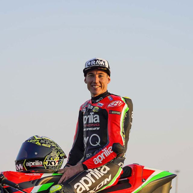 ALEIX ESPARGARÓ CONFIRMED AT APRILIA FOR THE 2021 AND 2022 SEASONS_thumb
