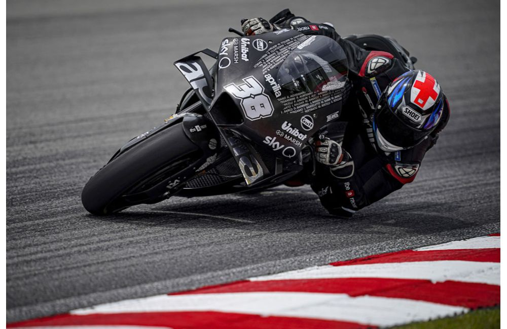 APRILIA MOTOGP - SEPANG TESTS_3