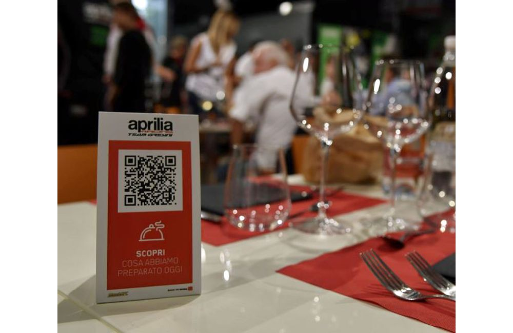 MENUNFC BRINGS INTERACTIVE MENU TO APRILIA RACING HOSPITALITY_0