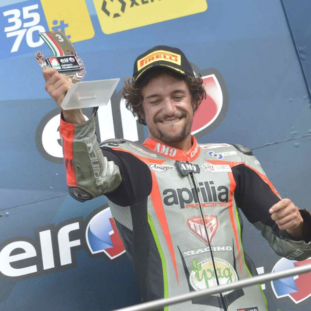 CIV - PODIUM FOR NUOVA M2 RACING WITH APRILIA RSV4 FW-STK_thumb