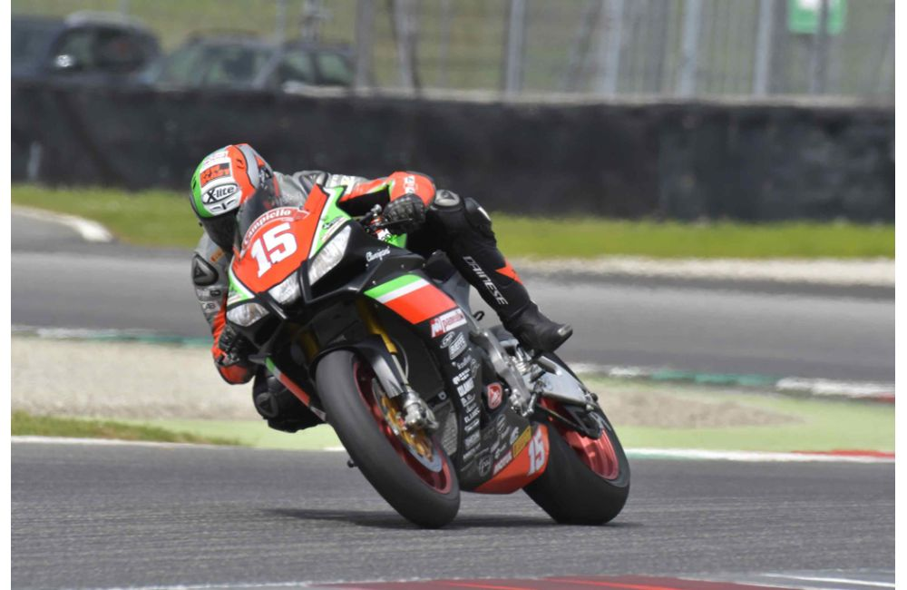CIV - PODIUM FOR NUOVA M2 RACING WITH APRILIA RSV4 FW-STK_1