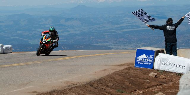 APRILIA FINISHES FIRST AT 2019 PIKES PEAK RACE_thumb