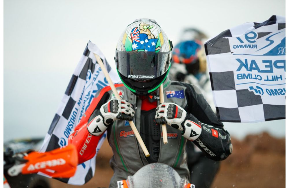 APRILIA FINISHES FIRST AT 2019 PIKES PEAK RACE_5