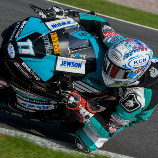 BANK HOLIDAY PODIUM FOR COLLIER AND EHA RACING AT OULTON PARK_thumb