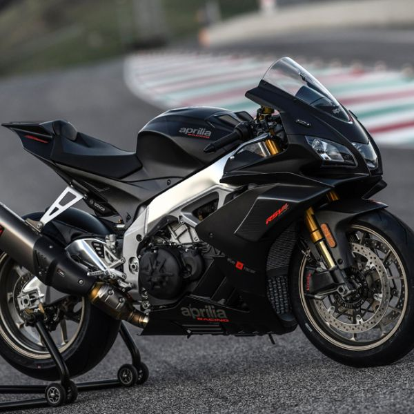 RSV4 1100 Factory_9