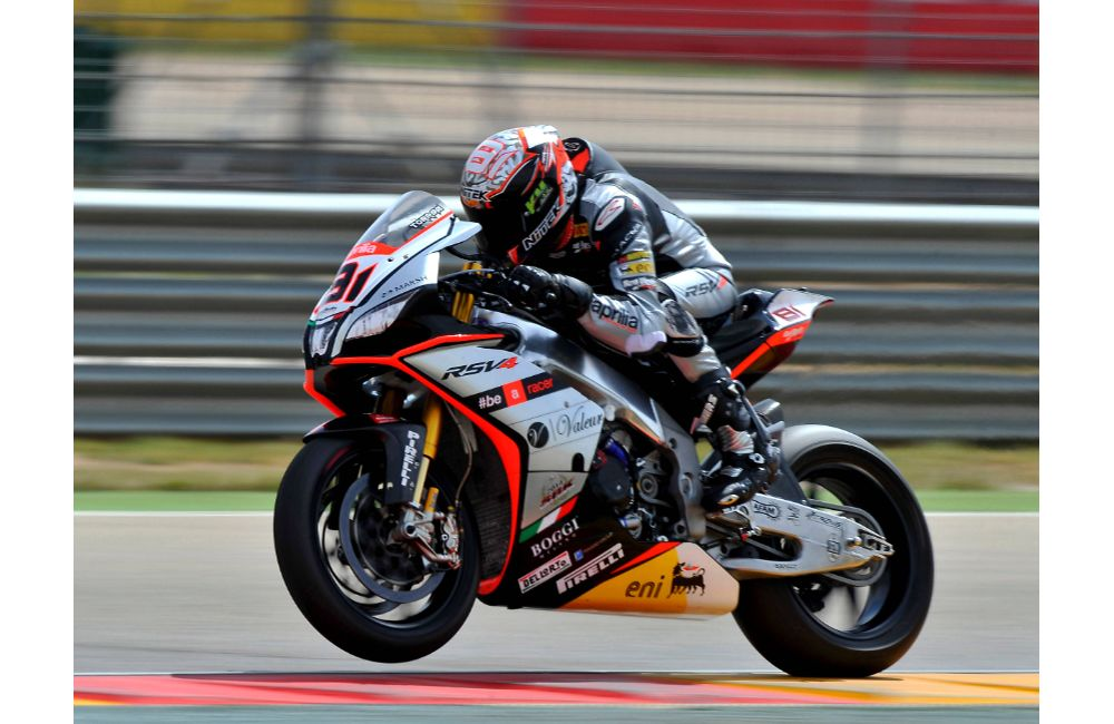 APRILIA: LEON HASLAM FINISHES HIS WEEKEND AT MOTORLAND DE ARAGON ON THE PODIUM. _3