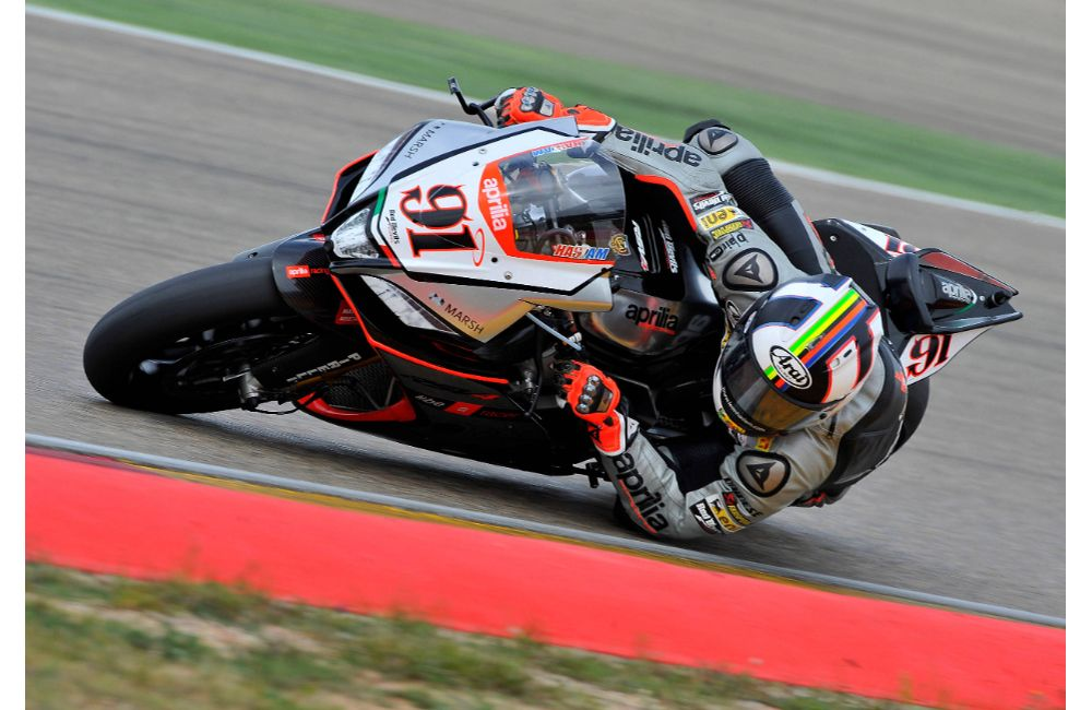 APRILIA: LEON HASLAM FINISHES HIS WEEKEND AT MOTORLAND DE ARAGON ON THE PODIUM. _2