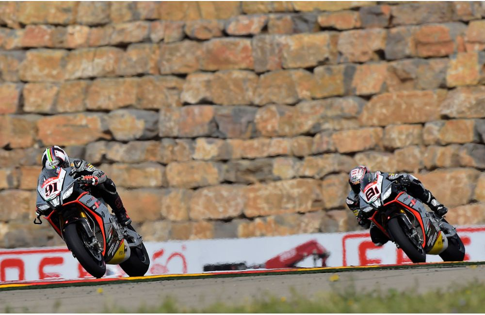 APRILIA: LEON HASLAM FINISHES HIS WEEKEND AT MOTORLAND DE ARAGON ON THE PODIUM. _1