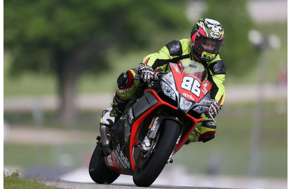 USA: APRILIA HSBK RACING ON THE BOX AT ROAD AMERICA_2
