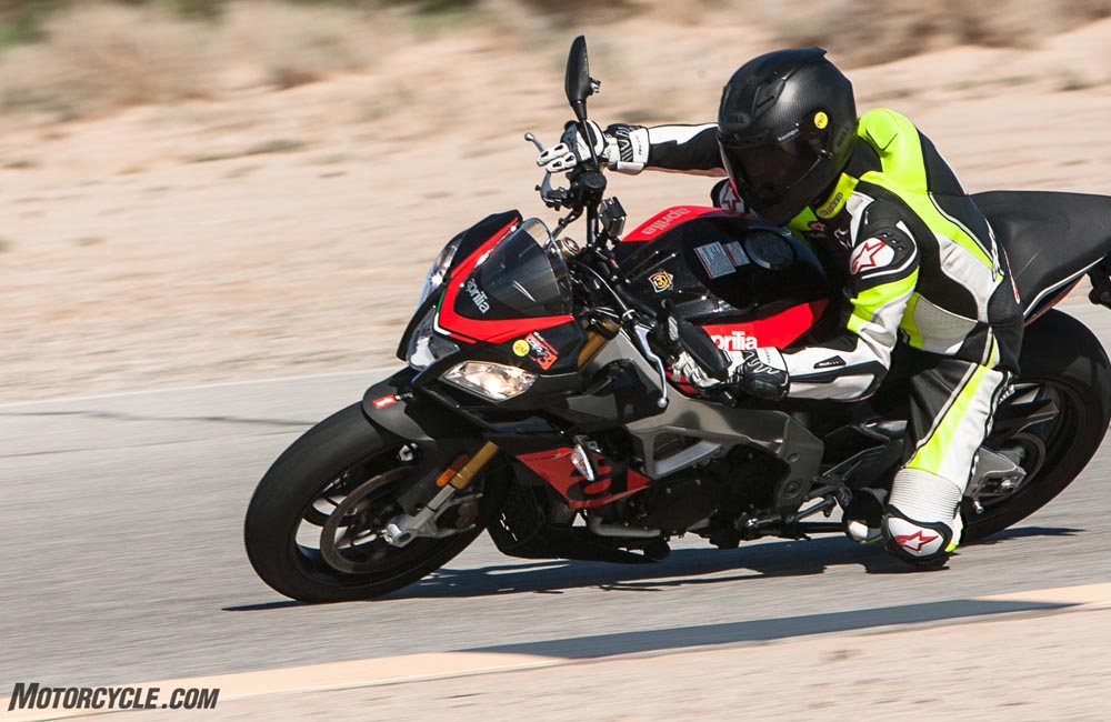 Aprilia Tuono RR Wins Motorcycle.com's Supernaked Streetfighter Shootout!_3